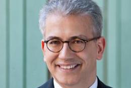 Tarek_al Wazir im Gespräch mit Schäfer III